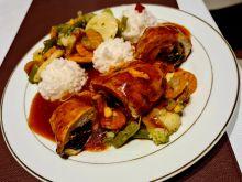 Roladki z kurczaka z sosem pomidorowym