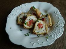 Roladki z mozzarellą i papryką konserwową