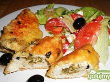 Roladki z pesto w oliwkowej panierce