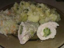 Roladki z piersi z brokułami w sosie