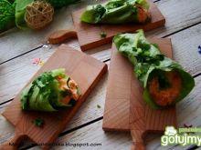 Roladki z sałaty z nadzieniem serowym