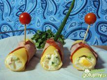 Roladki z sera i kiełbasy z pastą z jaj