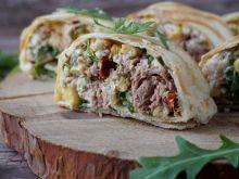 Roladki z tortilli z tuńczykiem