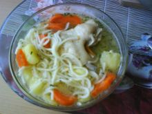 Rosól drobiowy z makaronem i ziemniakami