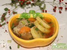 Rosół wieprzowy na żeberkach z ziemniaka