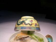 Rosół z chińskimi pierożkami (Chiny)