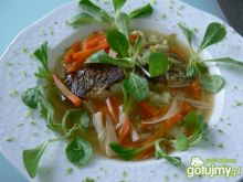 Rosół z halibuta z lanymi kluskami