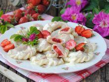 Różano-truskawkowe pierogi