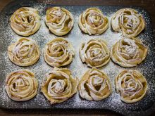 Karnawałowe róże – jak je zrobić?