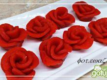 Róże z parzonego ciasta