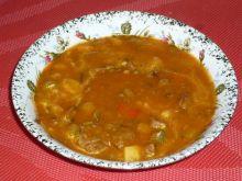 Rozgrzewająca zupa mięsna