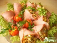 Rożki szynkowe z sałatką