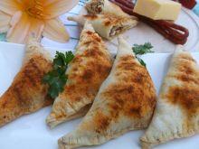 Rożki z kabanosem i serem żółtym