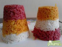 Różnokolorowe babki z ryżu