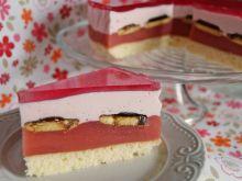Różowe ciasto urodzinowe