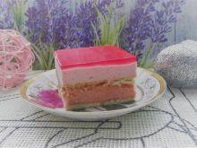 Różowy sernik gotowany