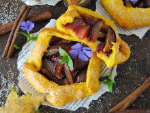 Rustykalne tartaletki dyniowo- śliwkowe