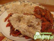Ryba pieczona z papryką w folii