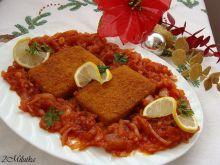 Ryba w korzenno-cebulowym sosie
