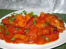 Ryba z fasolką na pomidorowo