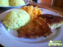 Ryba z ryżem i marchewką.