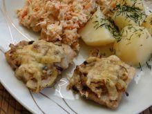 Ryba zapiekana pod cebulowo-serową pierzynką