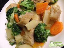 Rybne ragout z brokułami