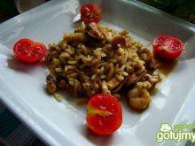 Ryż brązowy z owocami morza