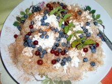 Ryż na ciepło z cynamonem i owocami