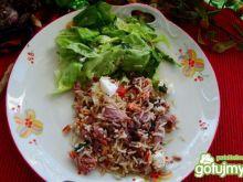 Ryż na ciepło z kozim serem i łososiem