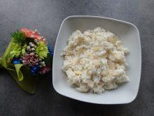 Ryż na mleku z gruszką i płatkami migdałów