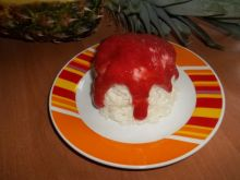 Ryż na mleku z musem truskawkowym