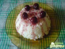 Ryż na mleku z sosem wiśniowym