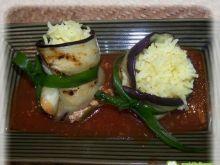 Ryż szafranowy w grillowanym bakłażanie