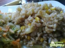 Ryż teriyaki.