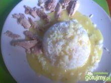 ryż w potrawce z dodatkiem kurkumy
