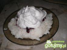 Ryż z bitą śmietaną i dżemem