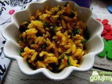 Ryż z curry i suszonymi pomidorami