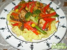 Ryż z curry z warzywami