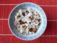 Ryż z cynamonem i bakaliami