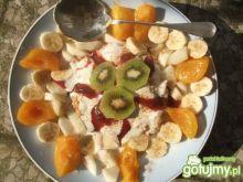 Ryz z cynamonem i owocami Dorci