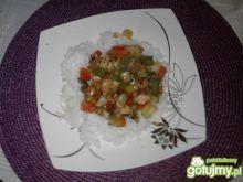 Ryż z kolorową papryką