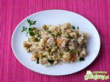 Ryż z mięsem i groszkiem konserwowym