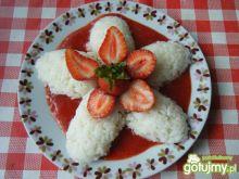 Ryż z musem truskawkowym
