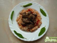 Ryż z papryką i wątróbką z drobiu