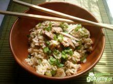 Ryż z polędwiczką, papryką i  kiełkami