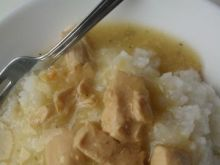 Ryż z sosem drobiowym