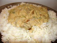 Ryż z sosem grzybowo- brokułowym