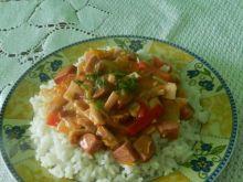 Ryż z sosem mięsno-warzywnym