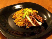 ryż z suszonymi owocami i kurczakiem